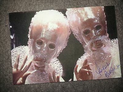 SARAH BERGER - Doctor Dr Who Autograph Signed