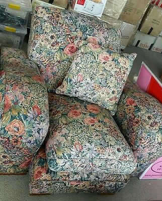 Antique 5 seater lounge suite