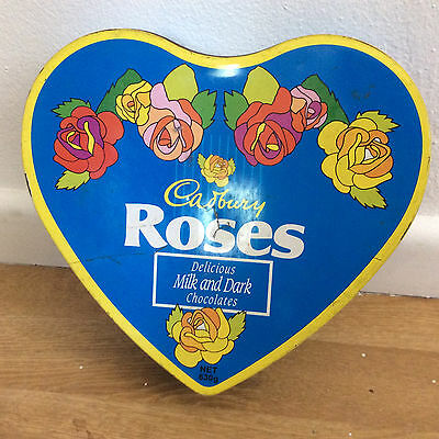 Vintage CADBURY ROSES HEART SHAPED CHOCOLATE TIN Australian grocery advertising