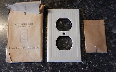 NOS UNILINE 92101 P&S 1438 Ivory Bakelite Gang Duplex Switchplate~Free Ship!