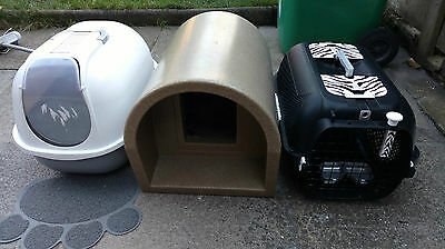 Outdoor Cat Kennel & a  Portable Litter Tray & a Cat Carrier Transporter
