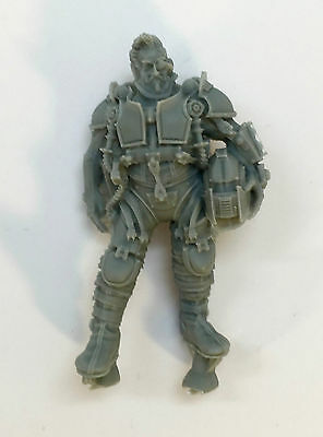 Warhammer 40k Forgeworld Imperial Knight Bits Scion Pilot Standing