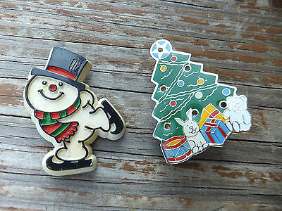 Holiday Pins Hallmark Cards Frosty The Snowman Skating & Christmas Blinking Tree