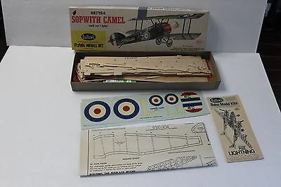 Vintage Guillow's British Sopwith Camel Wood Airplane Model Kit WWI Replica Box