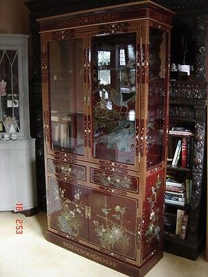 Stunning pre owned oriental design red & gold lacquered display cabinet ~ Essex