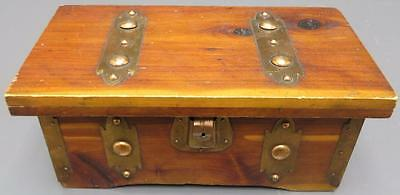 Post 1950 Chests Amp Trunks Furniture Antiques 612