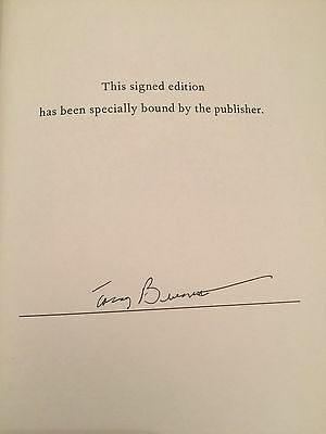 Tony Bennett Signed  Autographed Just Getting Started Book