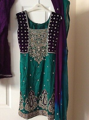 Heavily embroided size 8-10 purple and green salwar suit