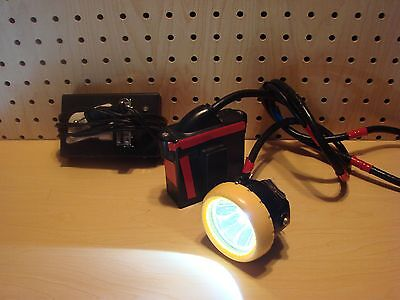 Wisdom Mining Hunting LED Light and Charger