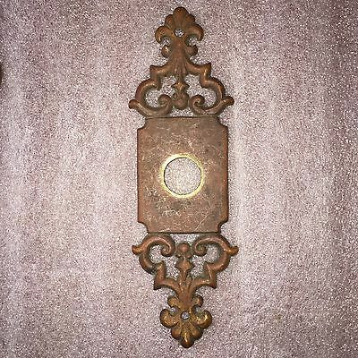 ANTIQUE Primitive COLONIAL SOLID BRONZE DOOR KNOB Backplate / ORIGINAL PATINA