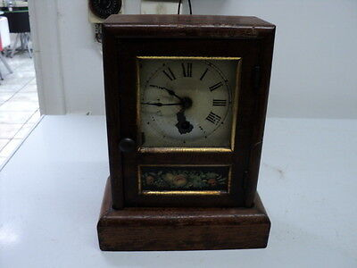 Antique Wooden Case Seth Thomas Wall /Mantel Clock circa 1880 with a key Working