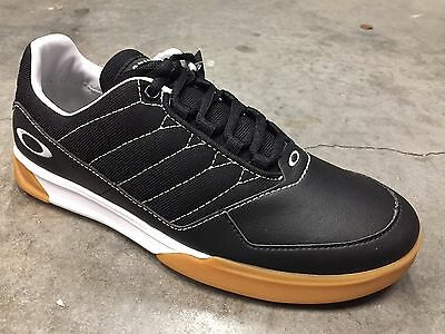 New Black Oakley Sector Golf Shoes - Size 7