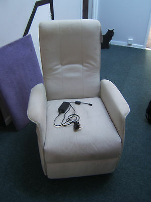 Single motor small electric recliner chair