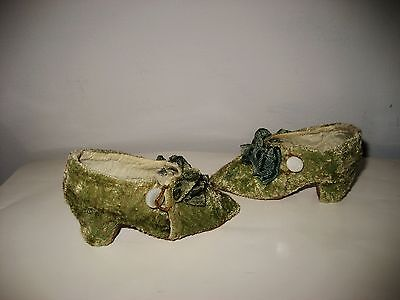 Old CLOTH SHOES mother-of-pearl buttons for antique French German fashion doll