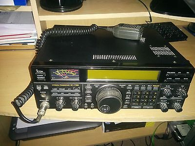 hf/50MHz transceiver IC-736
