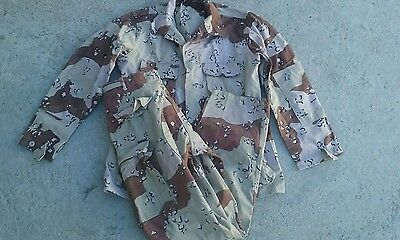 USGI CHOCOLATE CHIP 6 COLOR BDU 2 pc SET DESERT STORM  1981 DATED  , NICE!