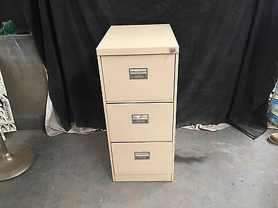 Three Drawer Metal Office Filing Cabinet With Key