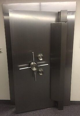 Diebold Bank Vault Door Stainless Steel w/ Time Lock ***WE FREIGHT***