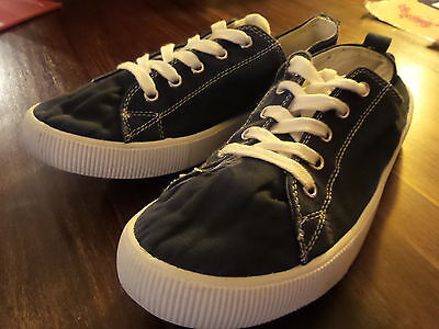 Kids Navy Blue Casual Holiday Canvas Shoes Size 5