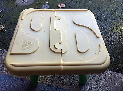Elc Sand /Water Tray With Accessories To Play With