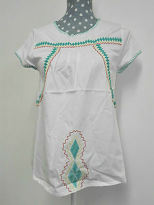 CdeC Kid Girl TShirt India White Green  Size XS  RRP £ 50 Now £ 19.50