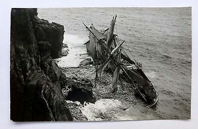 Cornwall, Shipwreck, Hansey aground at the Lizard 1911. Real photo.