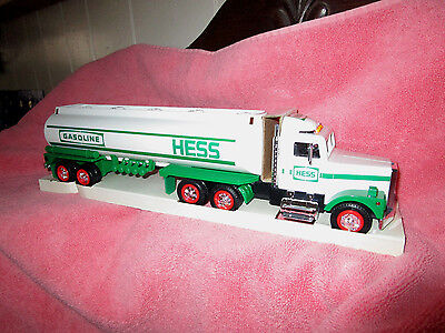 1990 Hess Toy Tanker Truck Mint In Box Never Opened