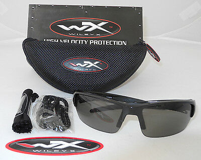Wiley X Changeable Series Valor Sunglasses Grey Lens Matte Black Frame Chval01