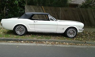 Ford Mustang 1966,convertable,289 V8,3 Speed Auto,pwr Str,pwr Top,disc Brakes