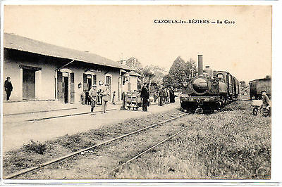 "CPA HERAULT 34 CAZOULS LES BEZIERS ""LA GARE"" Train Locomotive, Belle animation"