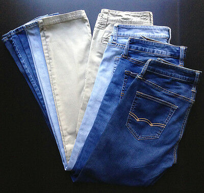 Lot of *4* Pairs MEN'S AMERICAN EAGLE JEANS in Size 30x34 — 3 Washes + Khakis