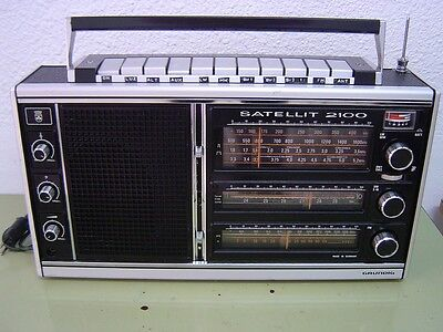 Radio Multibandas Grundig Satellit 2100