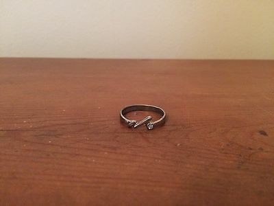 Ladies Sterling Silver Ring Narrow Band With Clear Crystal Inset