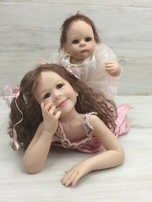 Porcelain Girl Dolls Limited Edition Silly Sisters Set Master Piece Gallery COA