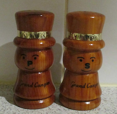 1950's WOODEN SNOWMEN SALT AND PEPPER SHAKERS