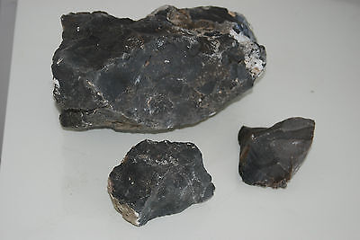 Natural Aquarium Black Agate Rock 3 Pieces Suitable for All Aquariums 1