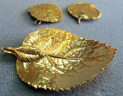 Vintage beautiful gold plated leaf pendant earrings set estate vintage beautiful gold plated leaf pendant earrings set estate jewelry aloadofball Choice Image