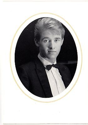 Stephen Hendry Hand-Signed Photo Card Snooker Champion
