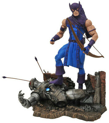 Diamond Select Marvel Select - Hawkeye Classic Special Collector Edition Figur