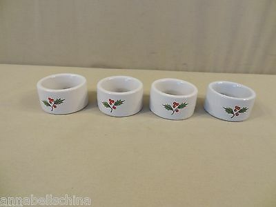 "International ""Noel"" 4 Napkin Rings"
