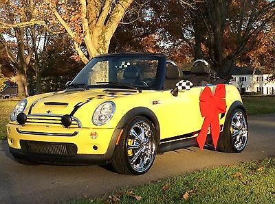 2005 Mini Cooper S Convertible ONE OF A KIND RARE COLOR AUTOMATIC CONVERTIBLE COOPER S WITH THOUSANDS IN EXTRAS