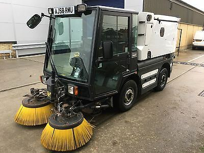 2008 '58' Johnston compact roadsweeper C200 with pressure washer