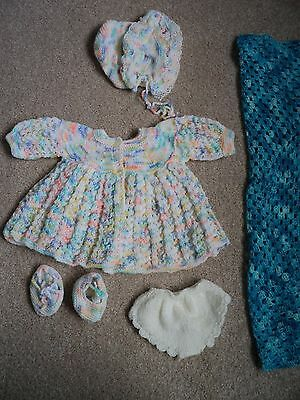New hand knit dolls outfit for aprox 20 nins doll