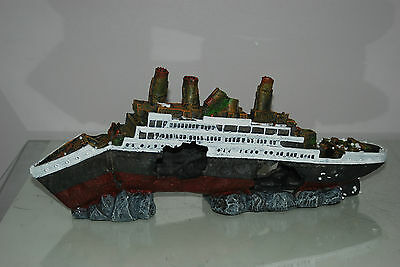 Aquarium Detailed Large Sunken Cruise Liner 42 x 8 x 17 cms For All Aquariums