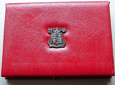 1988,Red Deluxe Royal Mint proof coin case,NO COINS