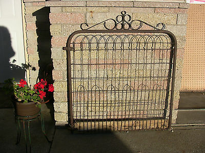 Vintage Garden Gate Iron  Wire Gate Antique Gate Rustic Garden Farmhouse Decor