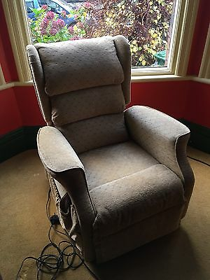Camelot Twin Motor Waterfall Back rise and recline electric chair