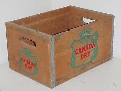 Vintage Canada Dry Ginger Ale Soda Wooden Crate H-9-59