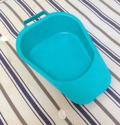 Bed pan with handle, brand new