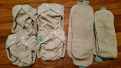 Charlie Banana OS. One size. 4 diapers, 8 inserts!